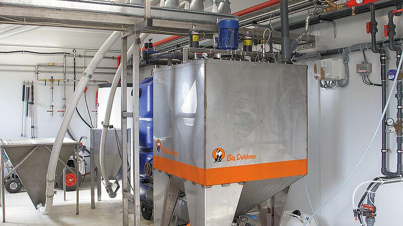 Sistema di alimentazione liquda HydroAir per maialini e scrofe